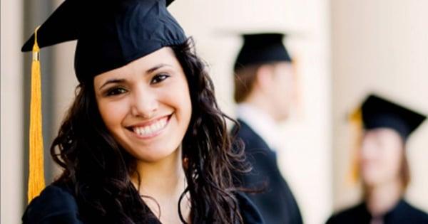 preparatorias-en-estado-de-mexico-mujeres-estudiando
