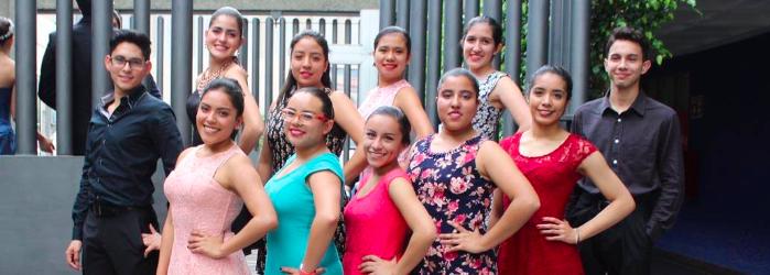 festival-navideno-danza-vals2-Colegio-Indoamericano.png