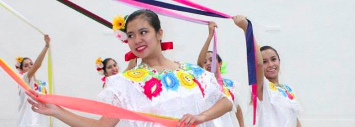 festival-navideno-danza-yucatan2-Colegio-Indoamericano.png